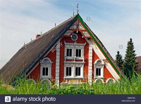 Haus Kaufen Hamburg Neuenfelde by Arp Stockfotos Arp Bilder Alamy