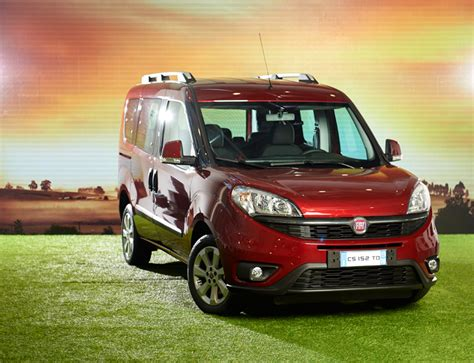 fourth generation fiat dobl 242 is a modern sporty dynamic family car