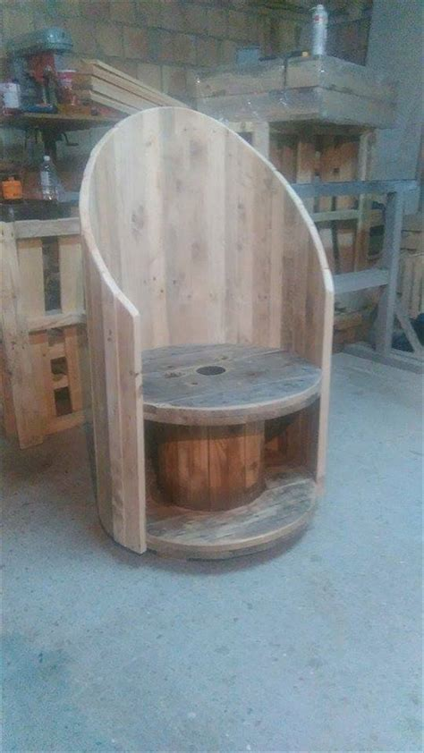 pallet wood  cable spool chair pallet furniture plans