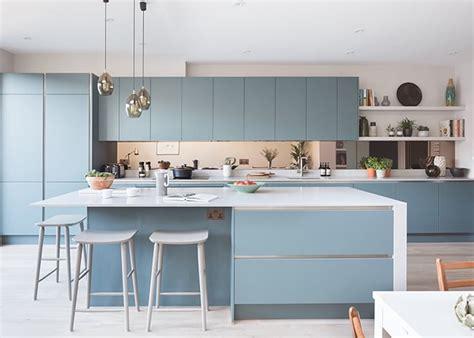 glacer cuisine bleu glacier la couleur du printemps 2018
