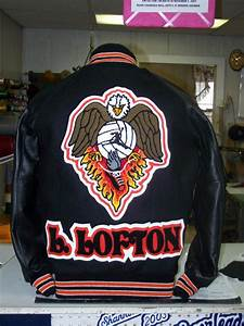 The letter jackets and more store spokane wa 99212 509 for Letter jackets and more