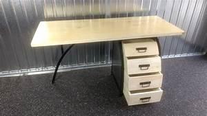 Schreibtisch Design Holz : schreibtisch b rotisch mit b ro container 160cm holz design handarbeit unikat schreibtische ~ Eleganceandgraceweddings.com Haus und Dekorationen