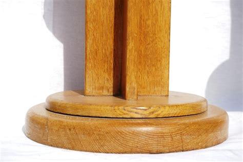 siege en bois piètement assise tabouret de bar en bois et cuir siège de