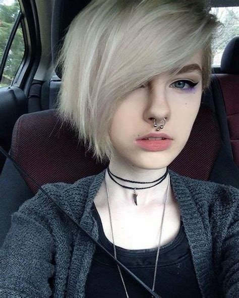 Girls White Hair Septum Piercing Art Short Punk Hair