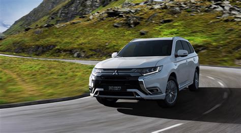 2019 Mitsubishi Outlander Phev  Top Speed