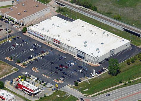 Retail In Denton Tx by Cbre Arranges Sale Of Retail Center In Denton Tx Cbre