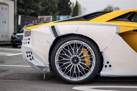 2018 Lamborghini Aventador S Shows Sv Details
