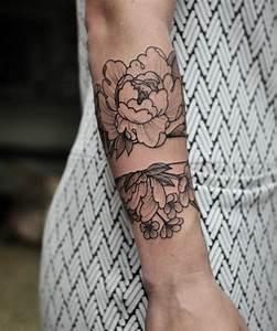 Tatouage Avant Bras Femme : 1001 versions fantastiques du tatouage pivoine ~ Melissatoandfro.com Idées de Décoration