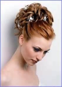 chignon pour mariage idée coiffure de mariage un chignon de danseuse flou coiffures de mariage