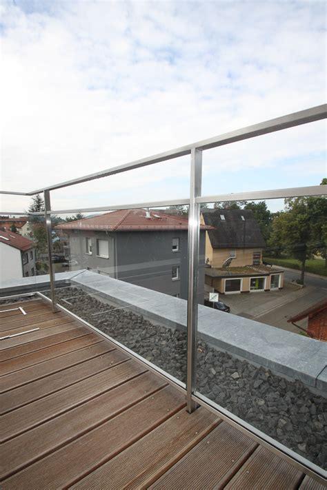 balkongeländer glas edelstahl schlosserei schleip balkongel 228 nder edelstahl glas bk49