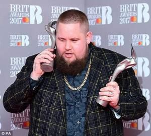 Little Mix beat Zayn Malik at BRIT Awards 2017 | Daily ...