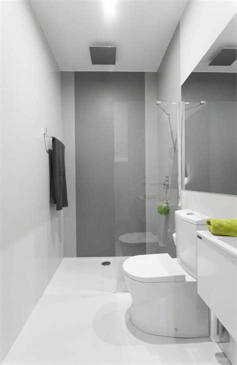 Narrow Bathroom Design by Best 25 Small Narrow Bathroom Ideas On Narrow