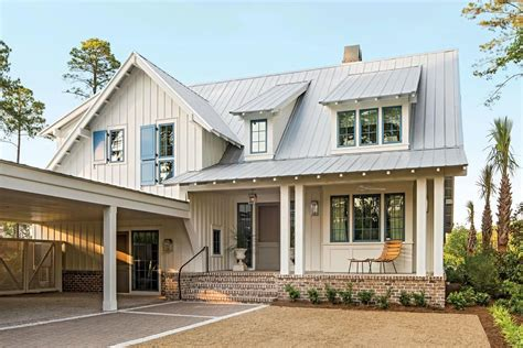Cape Style Home Decorated Classic Color And Pattern by On The Hunt For Beautiful Home Inspiration Curb Appeal