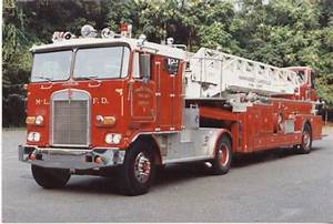 Fire Engines Photos