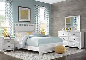 Belcourt White 7 Pc Queen Lattice Bedroom