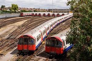 London tube strike 2016: Piccadilly Line TfL tube strike ...
