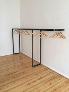 Kleiderstange Wand Holz : berlin on pinterest ~ Michelbontemps.com Haus und Dekorationen