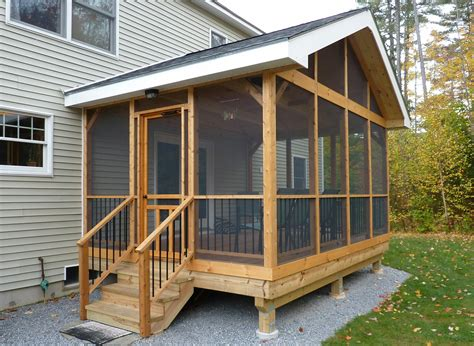 diy screened  porch learn   screen   porch