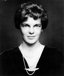 Images: Amelia Earhart