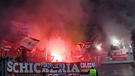 bayern ultras ueberfallen feier von  muenchen fans