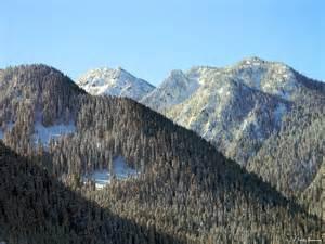 North Cascade Mountain Range
