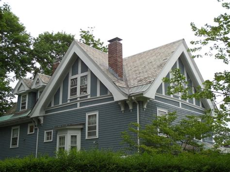 Roof : Top 15 Roof Types, Plus Their Pros & Cons