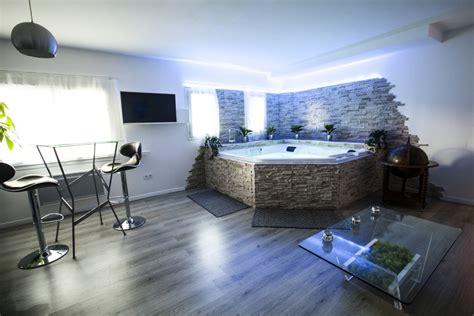 chambre d hotel romantique suite avec privé près de montpellier introuvable