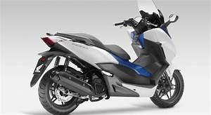 Scooter Forza 125 : scooter honda forza 125 date de lancement et prix moto ~ Medecine-chirurgie-esthetiques.com Avis de Voitures