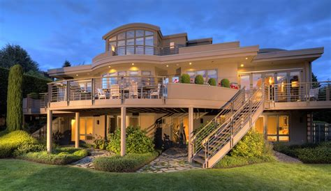 Luxury Clyde Hill Home With Modern Finishes For Sale — $388m