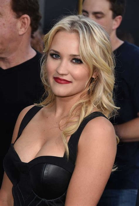 Emily Osment Wallpapers Women Hq Emily Osment Pictures
