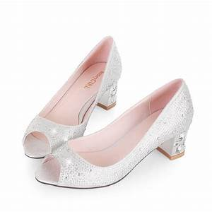 low heel wedding shoes for a sexy and feminine appearance With low heel dress shoes for wedding