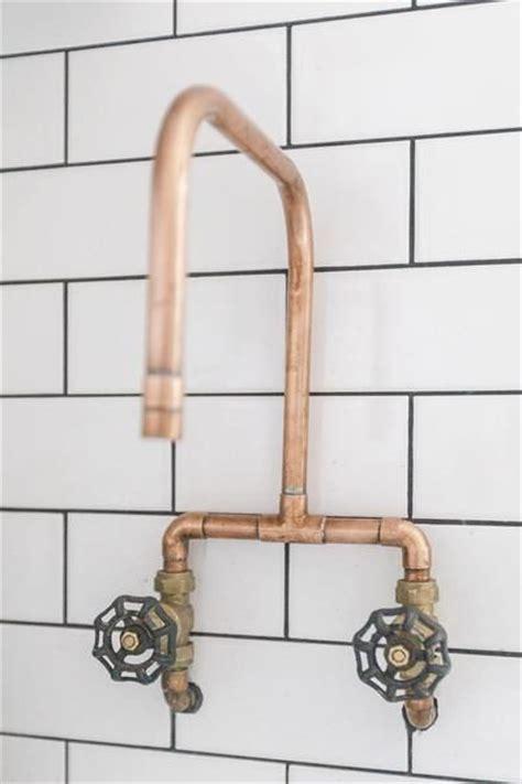 robinet industriel cuisine les 25 meilleures idées de la catégorie robinets d 39 évier