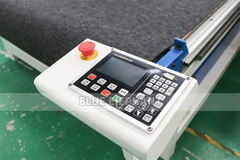 cnc oscillating knife cutting machine  cloth