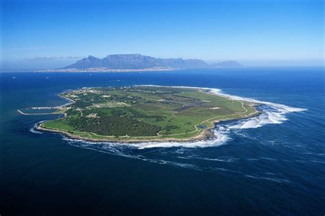 A Guide To Visiting South Africa's Robben Island