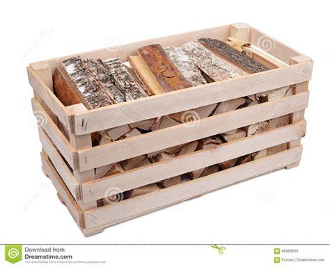 caisse avec le bois de chauffage photo stock image 65956633