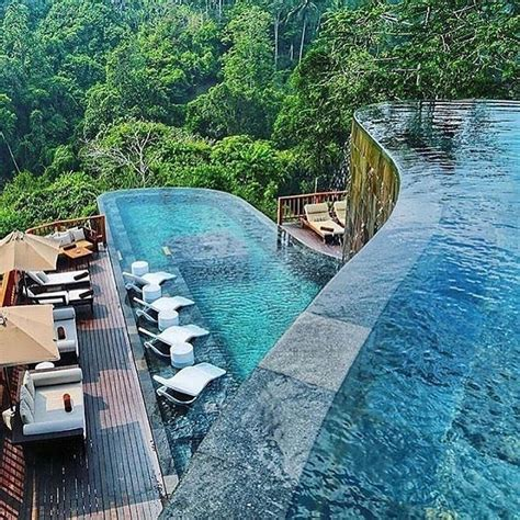 hanging gardens  bali indonesia  resort features