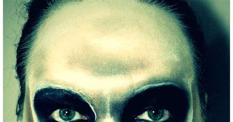 black lipstick halloween skull makeup tutorial