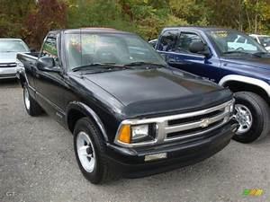 1994 Black Chevrolet S10 Regular Cab  38169708