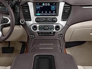 Image: 2017 Chevrolet Suburban 4WD 4-door 1500 Premier