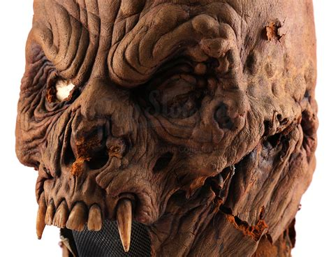 Fanged Monster Head   Prop Store - Ultimate Movie Collectables
