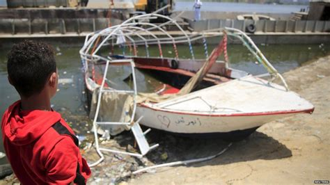 nile crash death toll rises in party boat sinking bbc