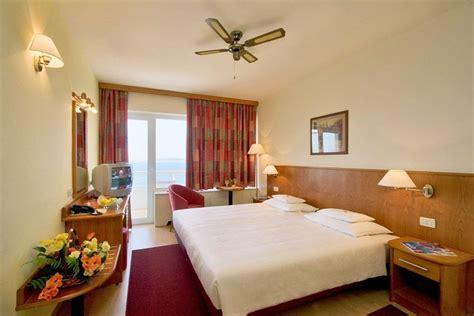 dans chambre d hotel prix d une chambre d hotel formule 1 kirafes