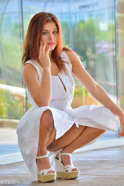 Hot Girls Bent Over Short Skirt Xxx Porn Pictures