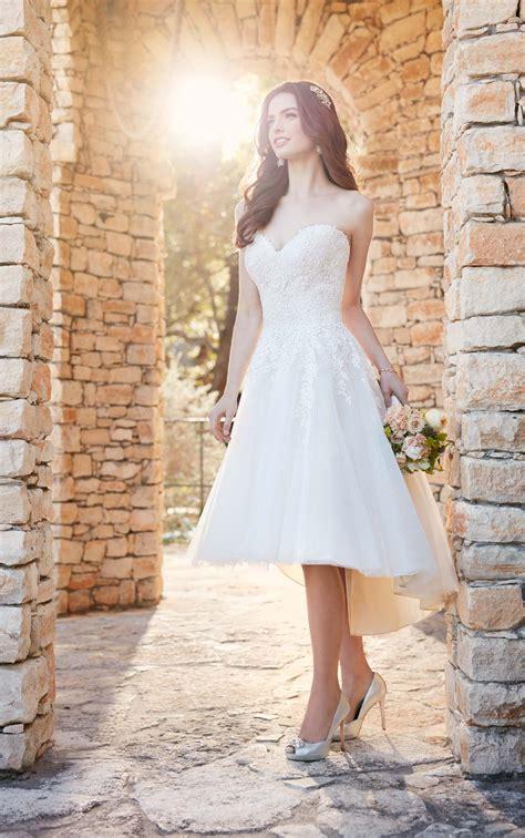 short  size wedding dress  high  skirt