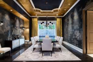 gold backdrop 15 refined decorating ideas in glittering black and gold