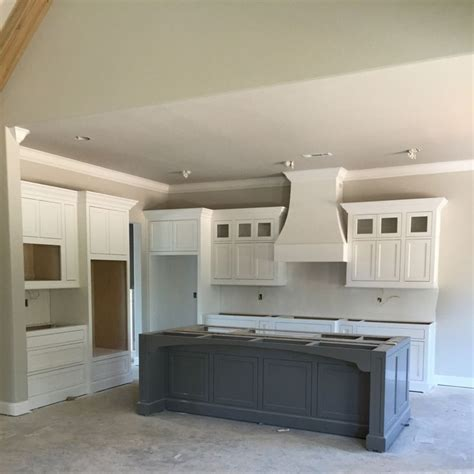 gauntlet gray kitchen cabinets best 25 sherwin williams agreeable gray ideas on 258 | aa5ed9cde6deba33c4002aff7ccc4b22 sherwin williams agreeable gray gauntlet gray