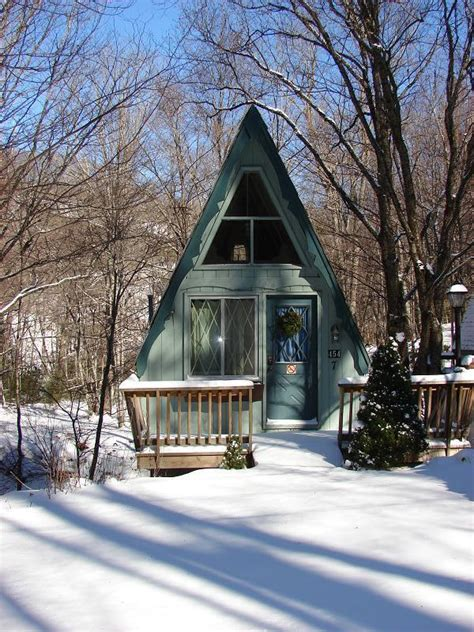 tiny houses archives page    tiny house pins
