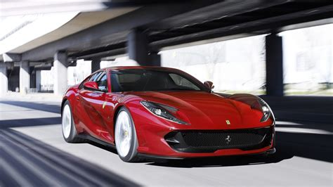 812 Superfast Backgrounds by Downaload 812 Superfast Sports Car Wallpaper