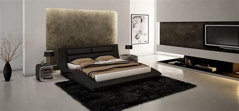 King Size Modern Design Black Leather Platform Bed