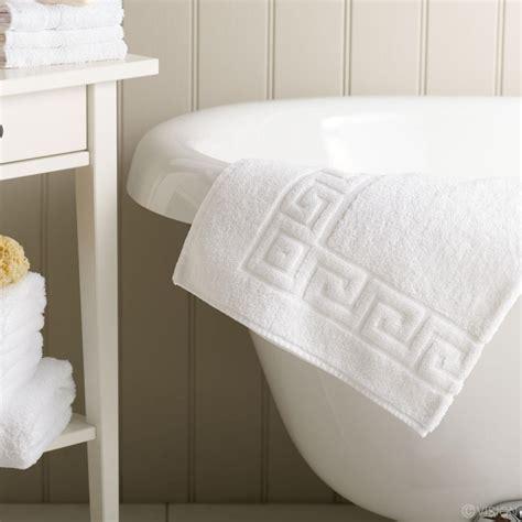 Cotton Doormat - absorbent bath mats with stylish key design